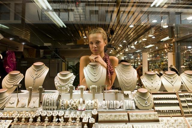 Bí ẩn con phố 47 giữa lòng New York - nơi những giao dịch kim cương cả trăm ngàn USD được chốt dựa trên lòng tin và những cú bắt tay suốt 200 năm qua - Ảnh 4.
