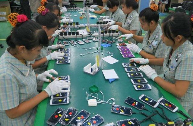 Báo Nhật viết gì về việc gián đoạn chuỗi cung ứng smartphone và hành động của Samsung tại Việt Nam? - Ảnh 3.