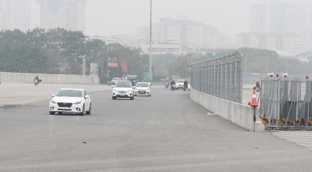 Soi mặt đường đua F1 Mỹ Đình có tốc độ 300km/h - Ảnh 11.