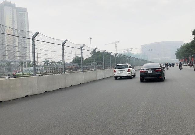 Soi mặt đường đua F1 Mỹ Đình có tốc độ 300km/h - Ảnh 10.