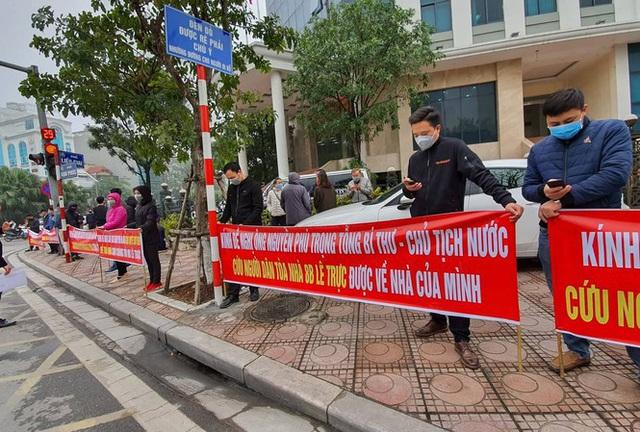 Người mua nhà 8B Lê Trực gửi kiến nghị đến tân Bí thư Thành ủy Hà Nội - Ảnh 1.