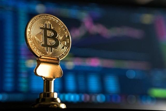 Bitcoin xuống dưới 10.000 USD, nhiều tiền ảo tiếp tục 'chảy máu' - Ảnh 1.