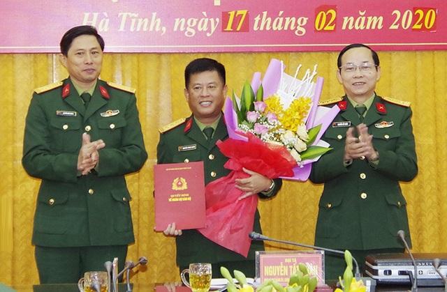 Bộ Quốc phòng bổ nhiệm nhân sự 4 Quân khu - Ảnh 4.