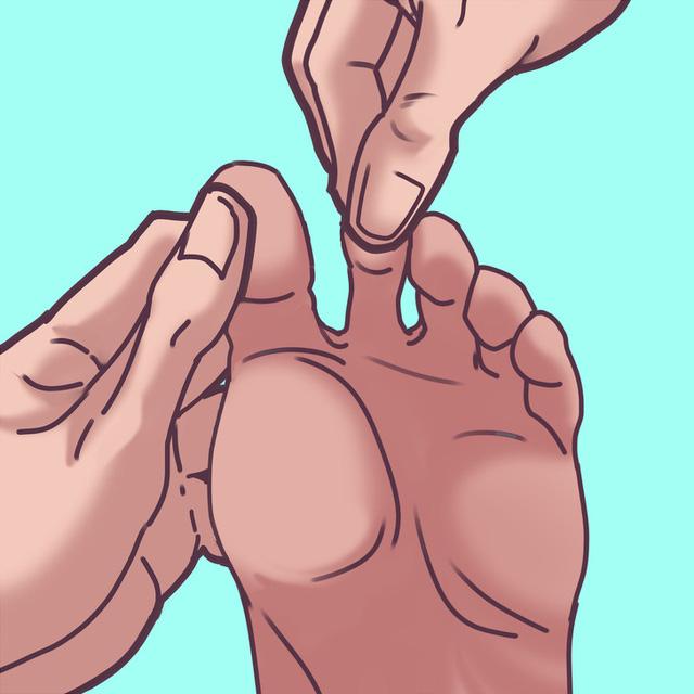 Chỉ mất 2 phút massage chân với kỹ thuật vô cùng đơn giản, cơ thể như được hồi sinh, chứng mất ngủ dần chấm dứt - Ảnh 6.