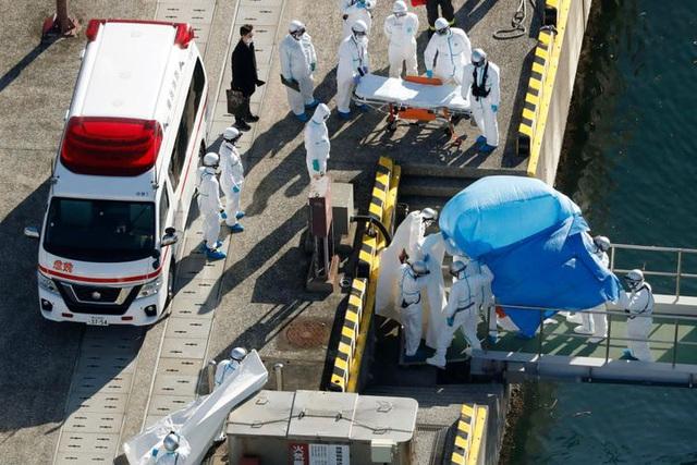 Số ca nhiễm tăng chóng mặt, Nhật Bản sai lầm khi cách ly 3.700 người trên du thuyền Diamond Princess? - Ảnh 3.