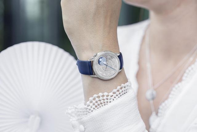 BST mới của chế tác đồng hồ cao cấp Vacheron Constantin dành riêng cho phái đẹp: Yêu ngay từ cái nhìn đầu tiên!   - Ảnh 3.