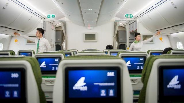 Nhờ hệ thống màng lọc này, không khí trên máy bay an toàn hơn hẳn so với bạn nghĩ: Không chỉ bụi bẩn, virus và vi khuẩn cũng bị loại bỏ đến 99.97% - Ảnh 3.