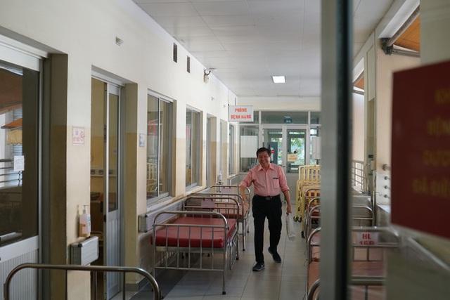 """Bệnh nhân Việt kiều Mỹ nhiễm Corona được chữa khỏi ở Sài Gòn: """"Các bác sĩ đã cứu tôi từ chỗ chết trở về - Ảnh 2.  Bệnh nhân Việt kiều Mỹ nhiễm Corona được chữa khỏi ở Sài Gòn: """"Các bác sĩ đã cứu tôi từ chỗ chết trở về"""" photo 1 1582290884756144606728"""