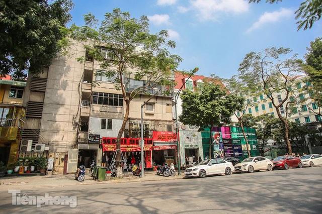 Những tuyến phố đắt đỏ có giá đất cả tỷ đồng/m2 ở Hà Nội - Ảnh 11.