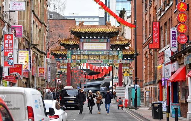 Lo sợ dịch bệnh, những nhà hàng ở các khu Chinatown trên khắp thế giới vắng lặng không một bóng người - Ảnh 2.