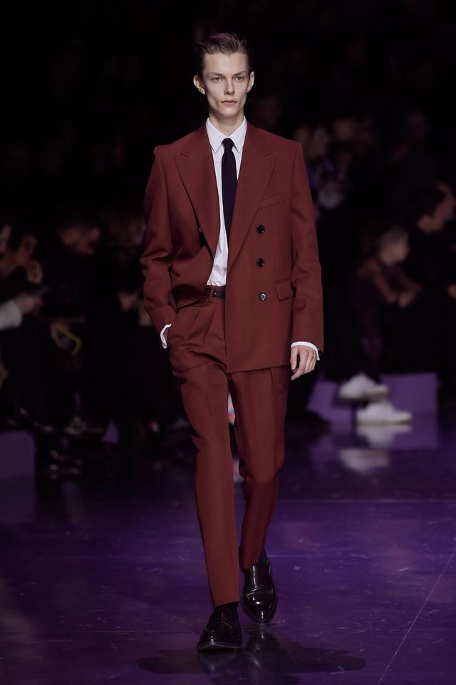 BST gây ấn tượng mạnh tại Milan của ông lớn trong làng thời trang xa xỉ - Ảnh 3.