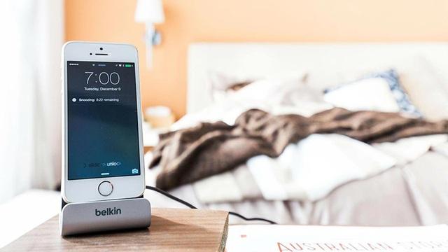 Giải pháp cho người ngủ nướng: Đặt báo thức bằng giai điệu bài hát giúp bạn mau tỉnh táo, bớt uể oải hơn so với tiếng chuông mặc định - Ảnh 1.