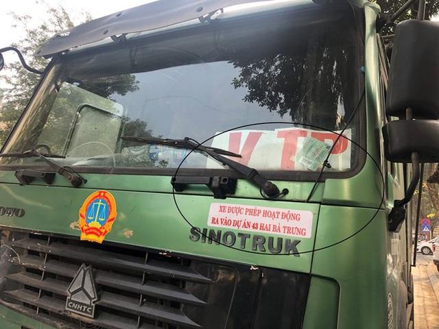 Xe vua đeo logo náo loạn phố cấm trung tâm Hà Nội giữa ban ngày - Ảnh 10.