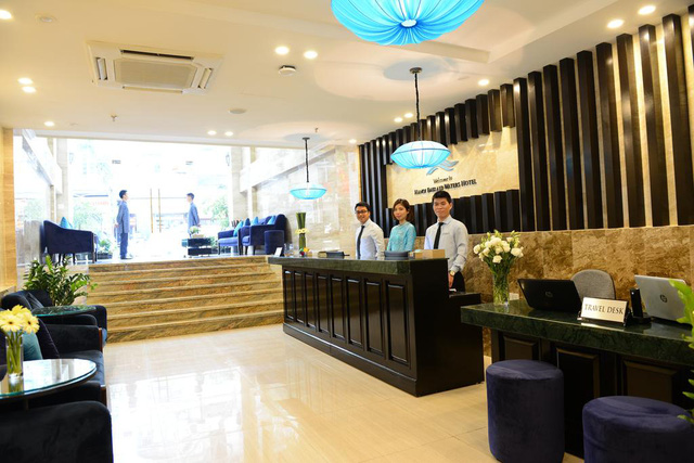Cận cảnh khách sạn cho nhân viên nghỉ việc 4 tháng, trợ cấp 1,5 triệu đồng/người/tháng, lương sếp cũng như nhân viên vì Covid-19 - Ảnh 2.