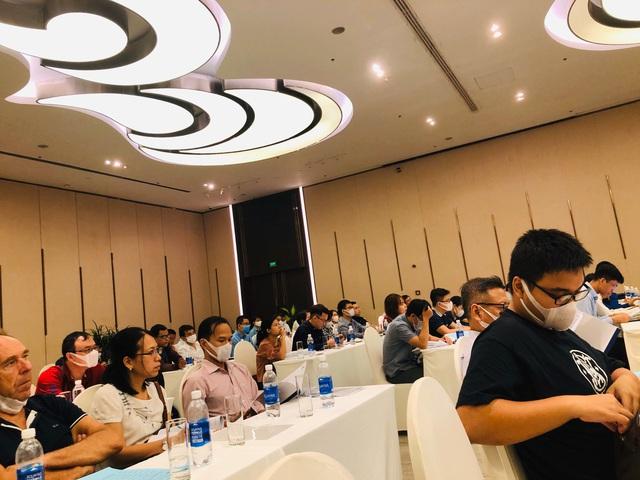 [Live ĐHCĐ Hùng Vương] HVG phát hành riêng lẻ 20 triệu cổ phiếu cho Thaco, Chủ tịch than 3 tháng nay các doanh nghiệp thủy sản đứng hình vì nCoV - Ảnh 3.
