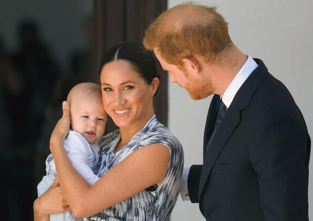 Truyền thông đưa tin Harry nói Meghan Markle bị ngược đãi trong hoàng gia và cặp đôi lần đầu thừa nhận thất bại trong toan tính của mình - Ảnh 2.