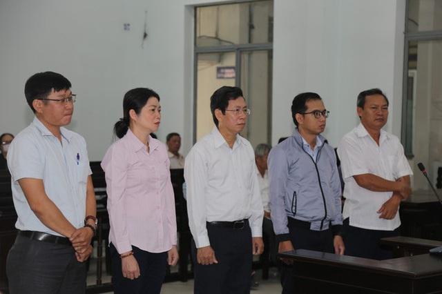 Phó Chủ tịch thành phố Nha Trang lĩnh án 9 tháng tù - Ảnh 1.