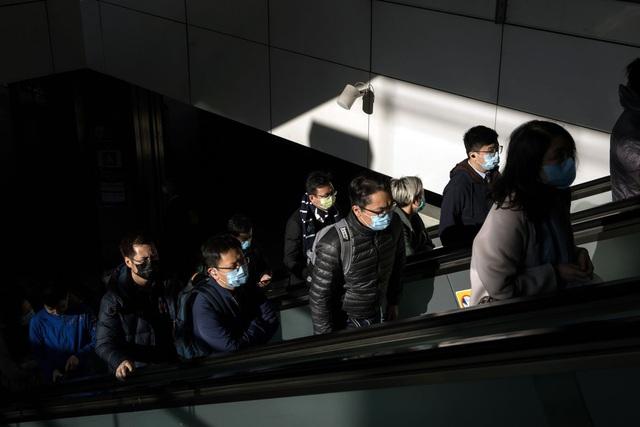 Những chuyện dở khóc dở cười khi hàng nghìn nhân viên văn phòng được làm việc tại nhà vì dịch bệnh - Ảnh 2.