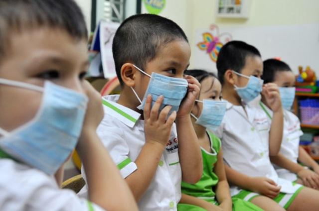 Bác sĩ BV Nhi đồng 1 hướng dẫn phụ huynh cách bảo vệ con trong mùa dịch do virus Corona - Ảnh 3.