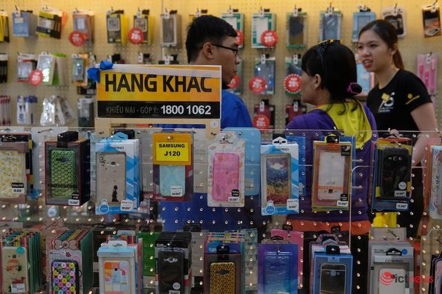 Không chỉ iPhone xách tay, một số phụ kiện khác tại Việt Nam sẽ khan hàng vì dịch viêm phổiCorona - Ảnh 1.