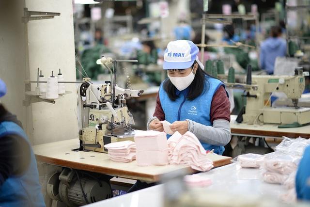 Khẩu trang kháng khuẩn tái sử dụng 30 lần giá 7.000 đồng sản xuất như thế nào, mua ở đâu? - Ảnh 9.