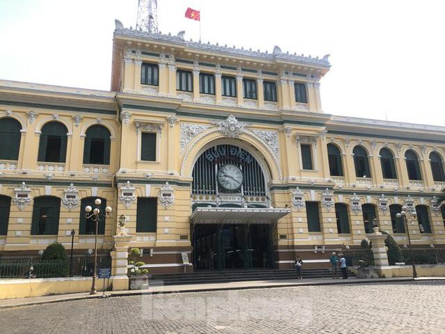 Sợ corona, nhiều điểm tham quan ở Sài Gòn 'vắng như chùa bà đanh' - Ảnh 4.  Sợ corona, nhiều điểm tham quan ở Sài Gòn 'vắng như chùa bà đanh' photo 3 15810404916031687281914