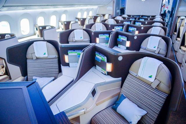 Bamboo Airways mở đường bay thẳng Việt Nam – Séc, kết nối Đông Nam Á với Khối liên minh Châu Âu - Ảnh 3.