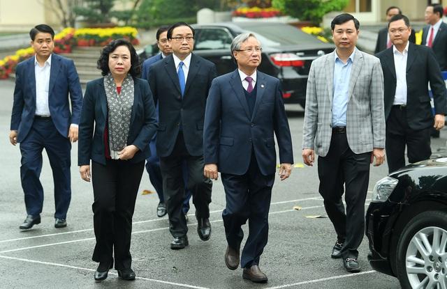 ẢNH: Toàn cảnh lễ nhận quyết định Bí thư Thành ủy Hà Nội của Phó Thủ tướng Vương Đình Huệ - Ảnh 1.