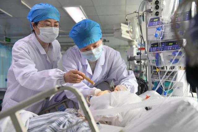 17 ngày nằm phòng cách ly vì virus corona, nữ bệnh nhân 53 tuổi kể lại trải nghiệm của mình cùng những sự thật bất ngờ ít ai tưởng tượng được - Ảnh 2.