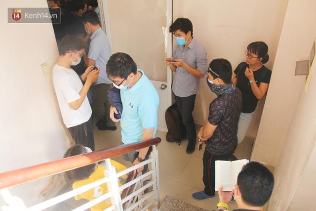 Cạn kiệt nguồn dự trữ máu giữa dịch bệnh virus Corona, hàng trăm bạn trẻ Sài Gòn vui vẻ xếp hàng đi hiến máu cứu người - Ảnh 13.  Cạn kiệt nguồn dự trữ máu giữa dịch bệnh virus Corona, hàng trăm bạn trẻ Sài Gòn vui vẻ xếp hàng đi hiến máu cứu người photo 12 1581147913127252187869