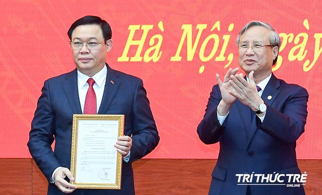 ẢNH: Toàn cảnh lễ nhận quyết định Bí thư Thành ủy Hà Nội của Phó Thủ tướng Vương Đình Huệ - Ảnh 8.