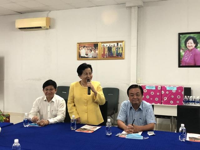 Bí thư Tỉnh ủy Đồng Tháp dẫn đoàn nông dân lên TP HCM tìm nơi tiêu thụ trứng vịt  - Ảnh 1.