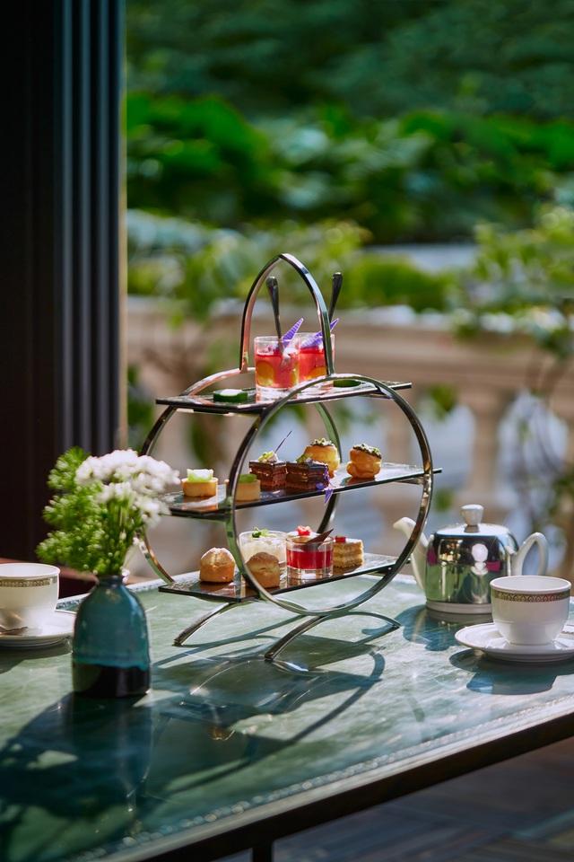 Phong cách trà chiều độc đáo tại Hà Nội: Tinh tế trong mọi chi tiết, chăm chút từ bình pha tới tách uống  - Ảnh 1.