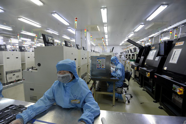 Báo TQ: Điện bật cả ngày ở công ty không ai đi làm và chuyện địa phương bịt mắt trung ương trong mùa COVID-19 - Ảnh 1.