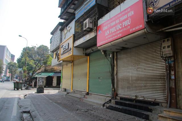 Người dân sinh sống quanh khu vực bị cách ly ở Hà Nội: Đêm vẫn ngủ ngon, hoàn toàn yên tâm vào các biện pháp phòng dịch của Nhà nước - Ảnh 5.