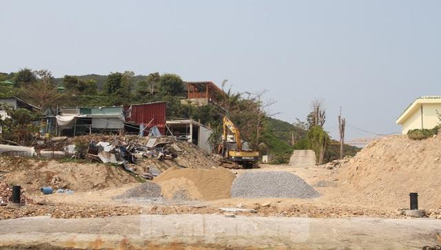 Khánh Hoà chỉ đạo khẩn xử lý vi phạm xây dựng tại Khu du lịch đảo Hòn Tằm - Ảnh 8.