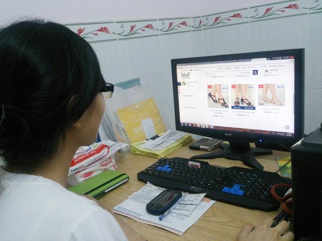 Mua sắm online tăng mạnh thời dịch bệnh - Ảnh 1.