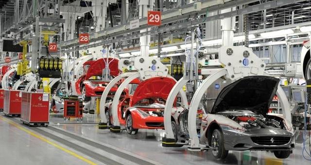 Đến lượt Ferrari ngừng sản xuất xe vì Covid-19 - Ảnh 1.