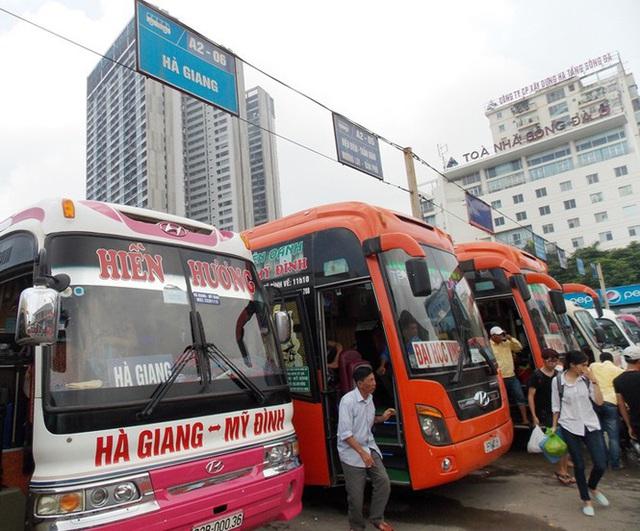 Khách giảm đến 50%, bến xe Hà Nội miễn phí dịch vụ cho nhà xe - Ảnh 1.