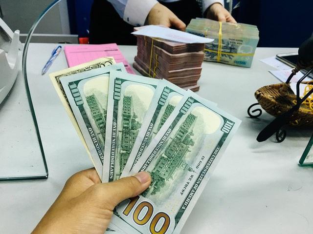 Kinh tế hưởng lợi gì từ việc giảm lãi suất? - Ảnh 1.