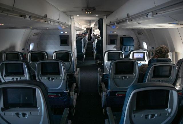 Bloomberg: COVID-19 có thể khiến hầu hết các hãng hàng không toàn cầu phá sản vào cuối tháng 5 - Ảnh 1.