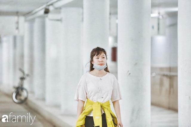 Kỳ lạ giữa Hà Nội mùa dịch: Trên đường vắng tanh, già trẻ, lớn bé rủ nhau xuống hầm tập thể thao nâng cao sức khỏe - Ảnh 20.
