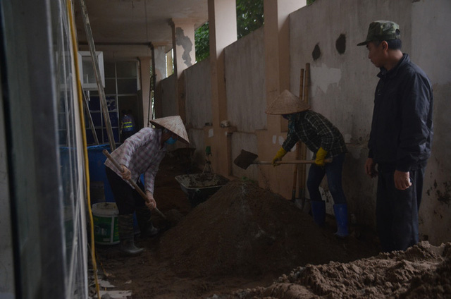 Chùm ảnh: Cận cảnh quá trình biến bệnh viện bỏ hoang ở Hà Nội thành khu cách ly dành cho 200 người - Ảnh 14.