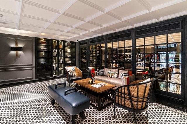 Lượng khách sụt giảm tới 70-80%, các ông lớn ngành khách sạn Việt Nam đang xoay sở như thế nào?  - Ảnh 3.