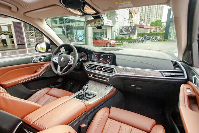 BMW X7 giảm giá kỷ lục 350 triệu đồng trong cuộc đua khốc liệt với Mercedes-Benz GLS tại Việt Nam - Ảnh 6.