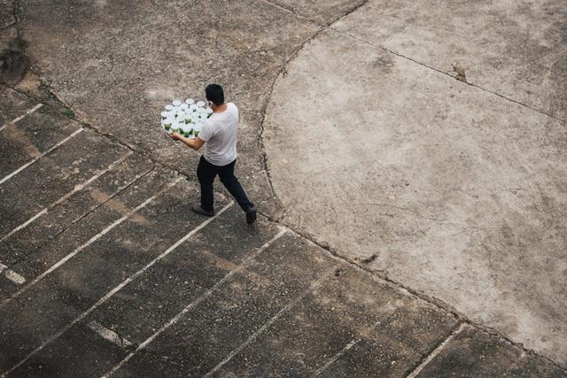 Người Việt giữa tâm dịch tại Ý: Người khổ sở vì không thể xuất cảnh, người thở phào vì được về nước cách ly - Ảnh 9.