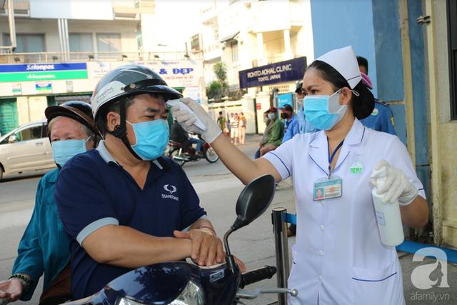 TS.BS Lê Quốc Hùng tiết lộ sự thật và nêu 6 lý do cảnh báo người dân không nên mua Hydroxychloroquine - loại thuốc được đồn thổi trị khỏi Covid-19  - Ảnh 3.