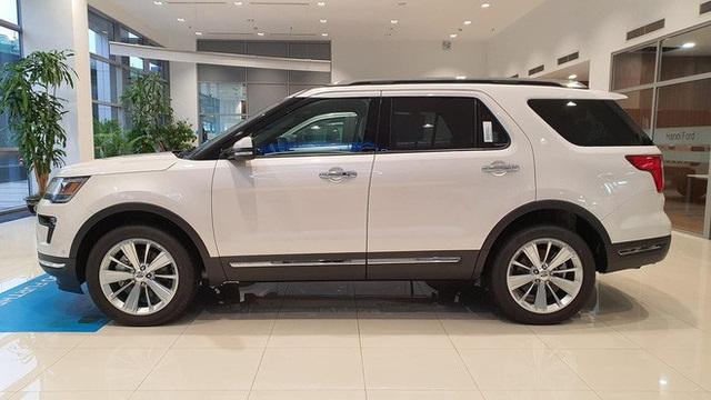 Đại lý xả Ford Explorer tồn kho giá 1,8 tỷ đồng, giảm gần nửa tỷ đồng so với hồi đầu năm - Ảnh 3.