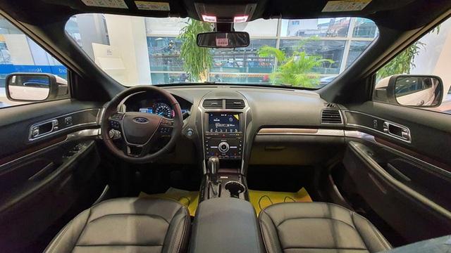 Đại lý xả Ford Explorer tồn kho giá 1,8 tỷ đồng, giảm gần nửa tỷ đồng so với hồi đầu năm - Ảnh 5.