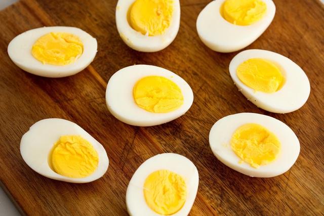 Ăn bao nhiêu quả trứng mỗi tuần là đủ để có sức khỏe tốt? - Ảnh 1.